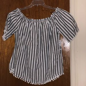 Forever 21 Tops - Woven Top/off shoulders black and white